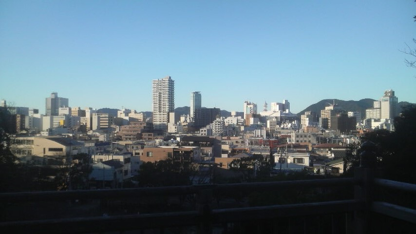 14.12.19昨日までの寒さはやや和らいだ静岡市街.jpg