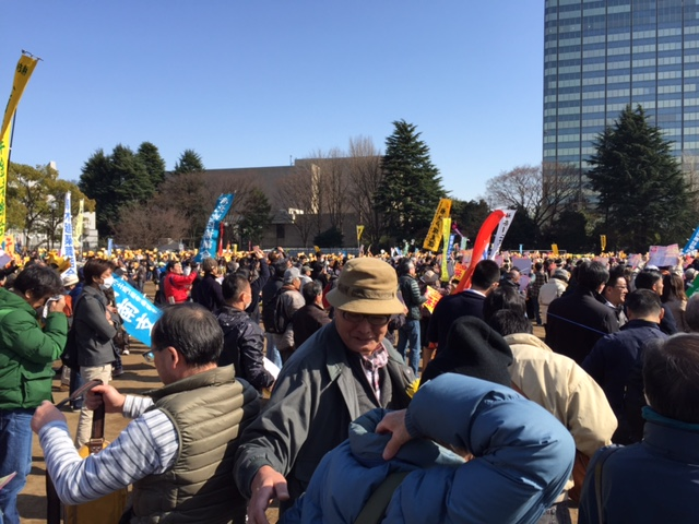 16.3.26NO NUKES DAY代々木公園~デモ⑥.jpg