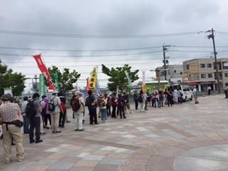 17.5.31平和行進④鷲津駅前.JPG