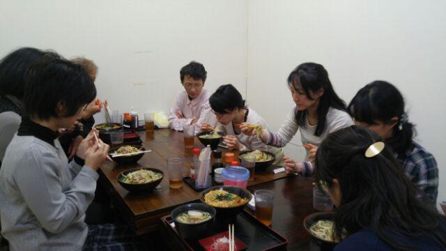 15.12.27沖縄ツアー・かつ丼セット 沖縄そば②.jpg